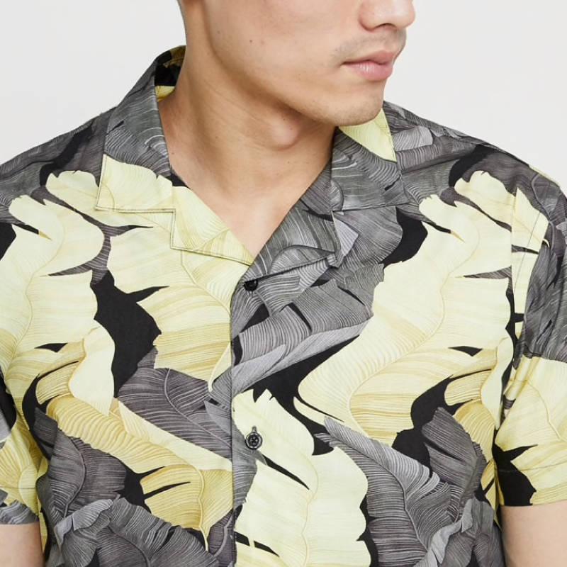 chemise-courte-minimum-noir-blanc-fleuri-homme-3