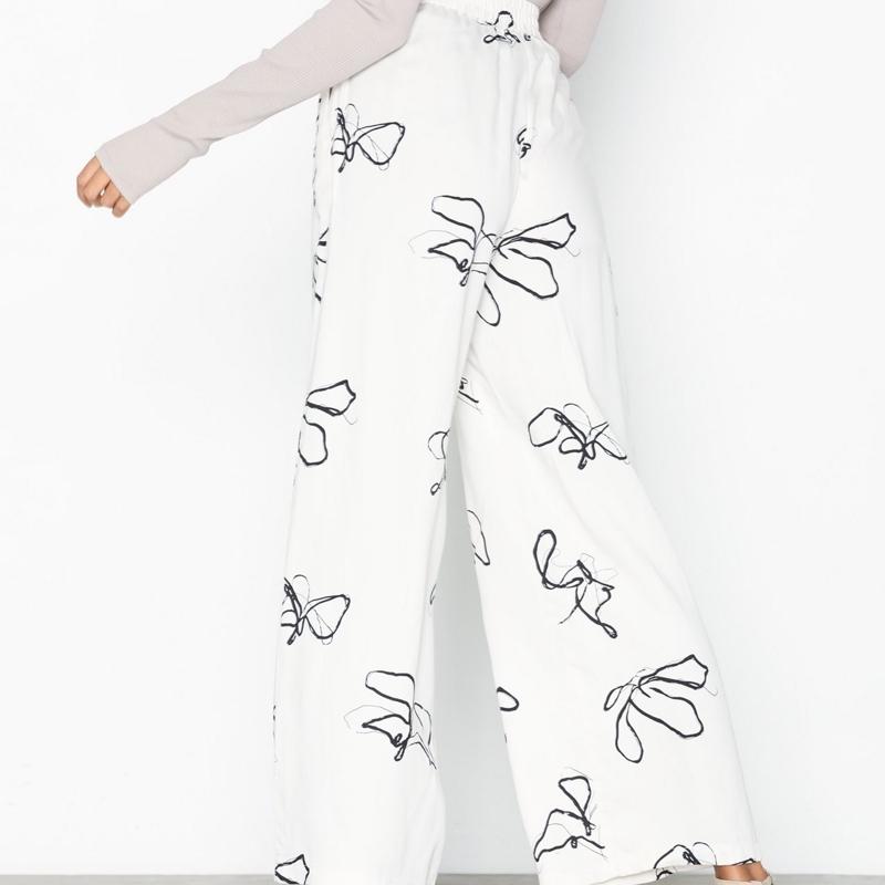 pantalon-minimum-femme-beige-motif-2