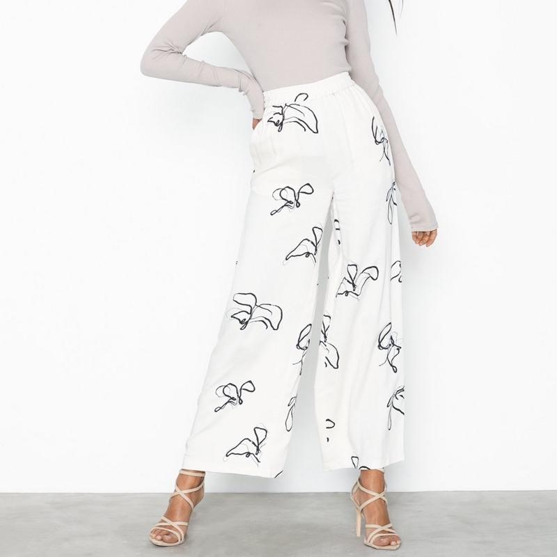 pantalon-minimum-femme-beige-motif-3