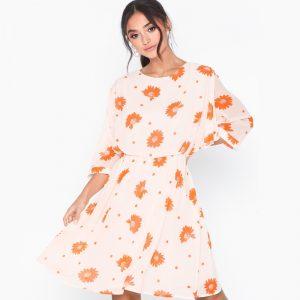 robe-selected-femme-fleuri-dress-1