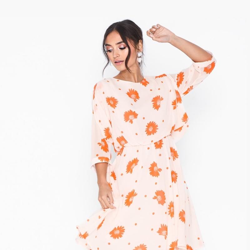 robe-selected-femme-fleuri-dress-2